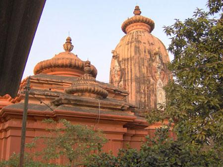 Chapaleswar (Shiva) temple, Karnagarh