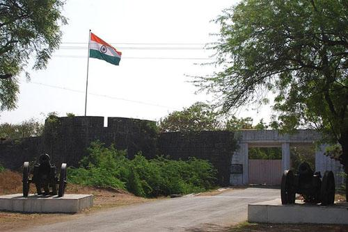 Ahmednagar fort entrance