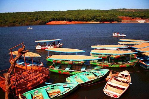 Boats on the Venna lake in Mahabaleshwar.