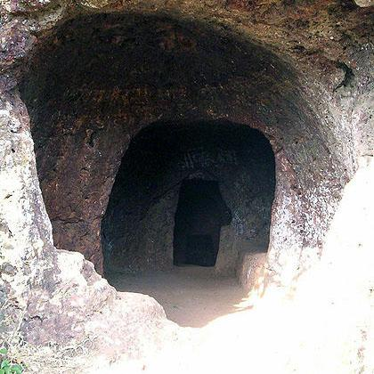 Parashar caves
