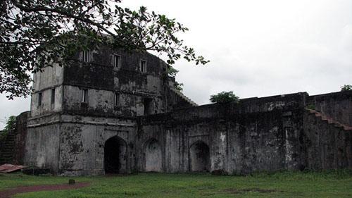 Jaigadh fort Buruj