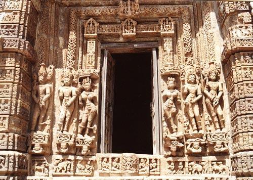 Door Jamb Large Vishnu Temple Janjgir