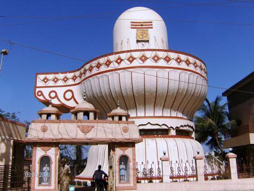 Shiv Ling Big Near Somnath Temple, Somnath