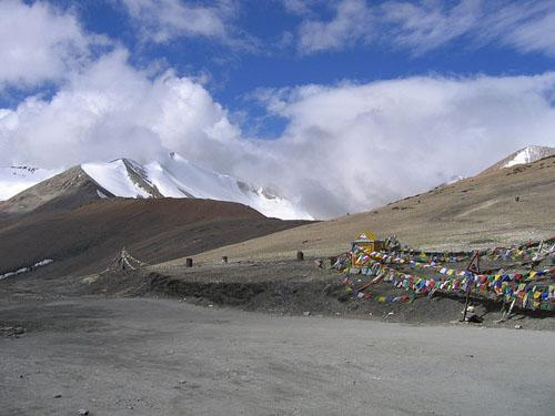 Taglang La mountain pass in Ladakh