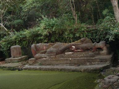 Statue of Shesh-Saiya at Bandhavgarh National Park