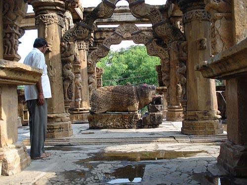 Nava Torana Temple