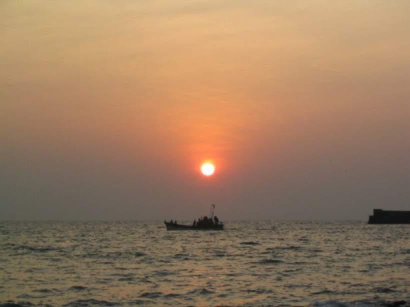 Sun rise at kanyakumari
