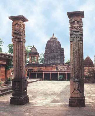 The Shantinath Temple columns in the fort show Jain monks
