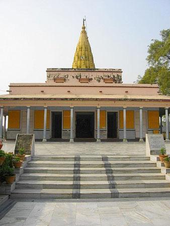 Sridigamber Jain Temple, Singhpuri, Sarnath,