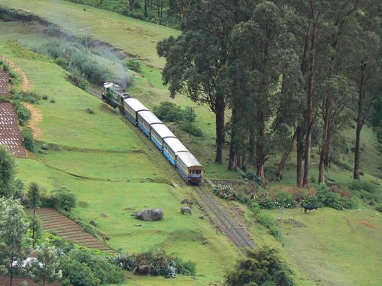 ooty sight seing from Train