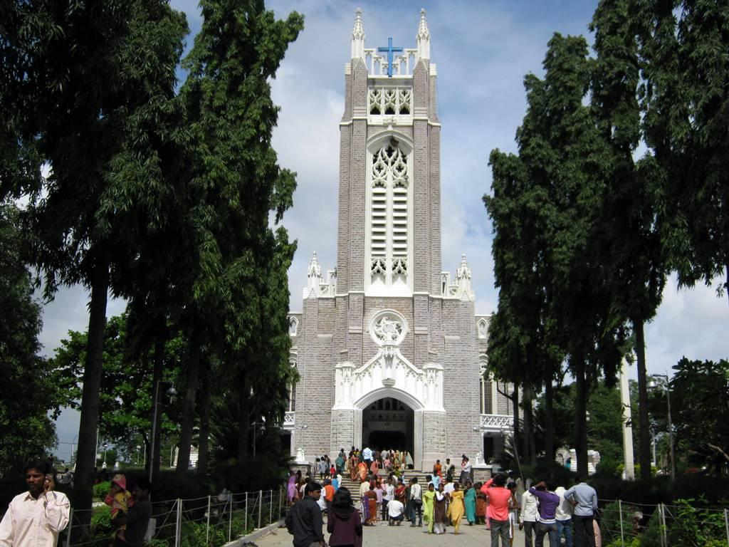It is considered to be one of the largest churches in Asia