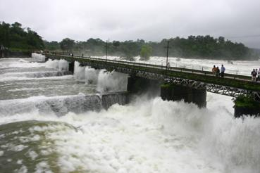 Canal Gates near Jogfalls