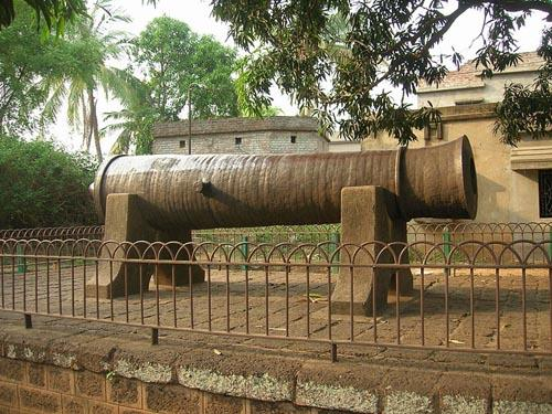 Dalmadal canon at Bishnupur, commissioned by the Malla kings