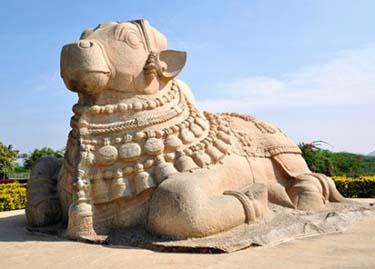 Basavannah statue at Lepakshi