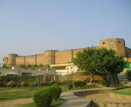 Bahu fort picture