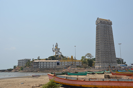 murudeshwar beach in the evening