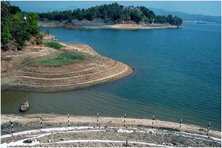 Tawa Reservoir in the Hoshangabad District in India