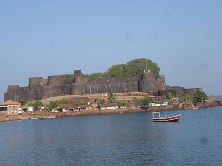 Sindhudurg fortress from the mainland.
