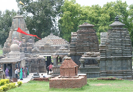 There is a complex of ancient temples which were built in the 11th and 12th centuries.